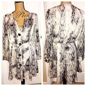 Zara Snakeskin Long Sleeve  Dress Sz Small